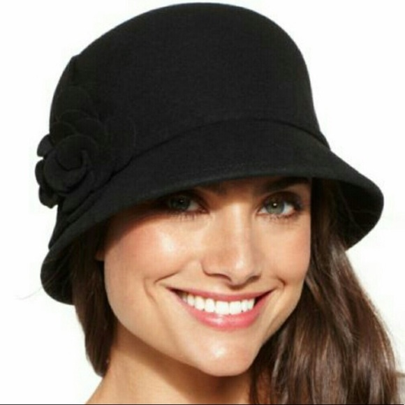 55359286f62592 Nine West Accessories | Black Cloche Hat | Poshmark